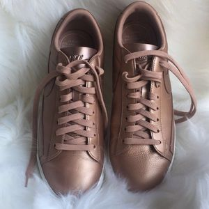 NIKE Rose Gold shoes